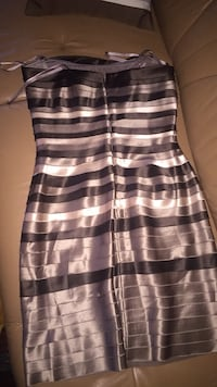 black and white stripe sleeveless dress Montréal, H1G 3Y4