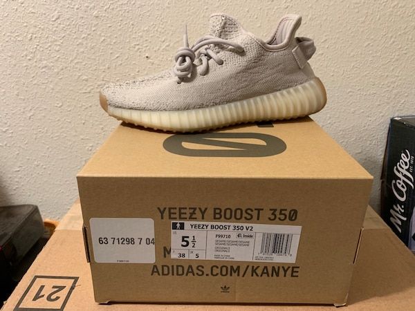 13e215579 Used Yeezy 350 V2 Sesame for sale in Daly City - letgo