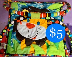 Play mat very strong comes with bag!