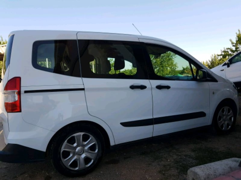 Ford - Tourneo Connect 1.6   - 2014 3
