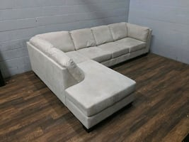 'Oakdale' pull-out bed sectional sofa. FREE DELIVERY​