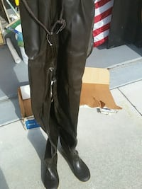 Hip waders sz 9suspenders not included, never used Ocala, 34476