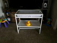 baby changing table  Windermere, 34786