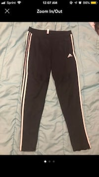 Adidas track pants women size M Chicago, 60623