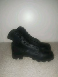 Work/Military boots Size 9W (New)