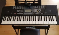 Electronic piano with stand and seat Montréal, H2X 2J5