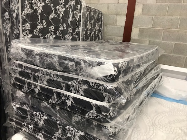 "Brand new 5"" foam smooth top mattress warehouse sale"