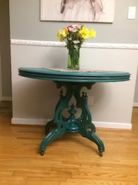 Antique Entrance / Foyer Table Toronto