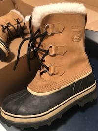 Sorel boots, size youth 7, like new  London, N6N