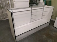 Store Display Vabinet - used Burbank, 91502