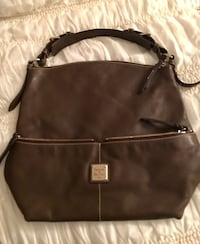 Dooney and Bourke shoulder bag pre-owned 2347 mi