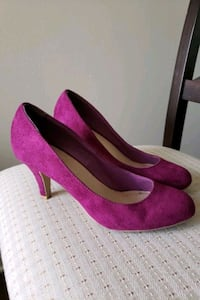 Magenta high heeled shoes. Gently used. Cincinnati, 45202