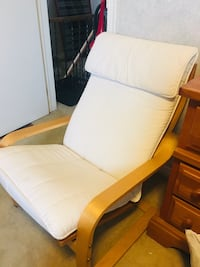 white wooden framed white padded armchair Oshawa, L1H 7V9