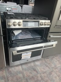 "GE Cafe: 30"" Slide-in Gas Double Oven with Convection Range Dearborn"