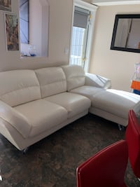 White leather sectional Calgary, T2Y 3R8