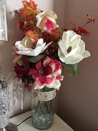 white and red rose flowers centerpiece Brossard, J4Z 3B6