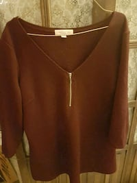 women's brown v-neck long sleeve shirt Coquitlam, V3J 6J9