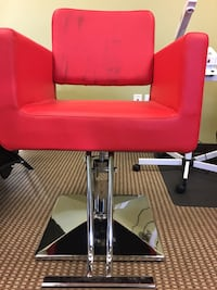 Red salon chair hydraulic OBO  Clackamas, 97015