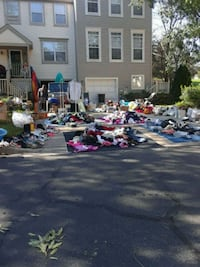 YARD SALE GALLOP TERRACE TIL 3PM Germantown, 20874