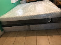 White and black floral mattress Beltsville, 20705