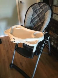 Eddie Bauer high chair Vancouver, V5K 2L3