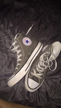Pair of gray Converse AllStar high-top sneakers Boone, 50036