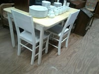 Primitive table and 4 chairs Ellijay, 30536