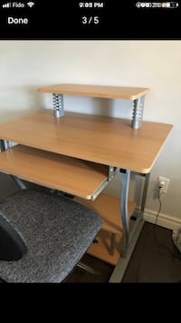 DESK FOR SALE Richmond Hill, L4C 3B9