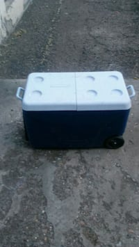 white and black cooler box Ogden, 84401