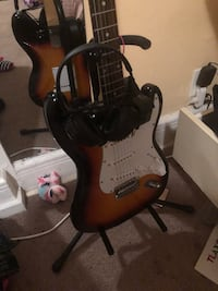 black and brown electric guitar New Haven, 06513