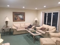 Living room set lots of prices plus table Colonia, 07067