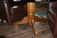Antique Solid Oak round Dining Kitchen Table - Great Condition Guelph
