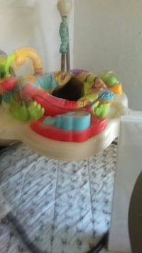baby's multicolored jumperoo good condition Homeland, 92548