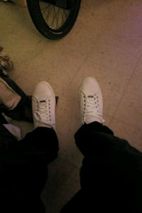 pair of white low top sneakers Guelph, N1H 5V3