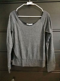 L Gray Scoop-neck Long-sleeved Shirt 3151 km
