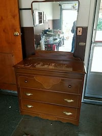 brown wooden dresser with mirror Warren, 48091