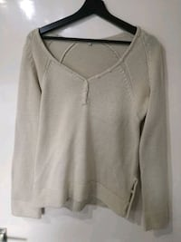 Beige sweater 6646 km