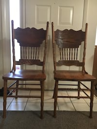 Two antique carved oak side chairs Ellicott City, 21043