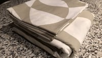 Queen duvet  cover + 2 matching shams Toronto, M5V 3W6