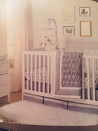 Baby crib bedding and nursery decor, new condition, elephant themed  Vaughan, L4L 3V7