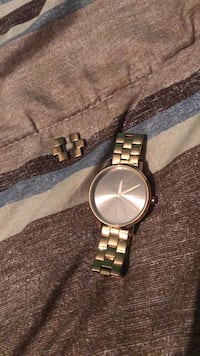 Nixon Watch Women very good condition Regina, S4R