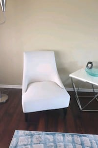 Brand new accent chair Edmonton, T5C 1T1
