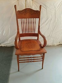 brown wooden rocking chair with white pad Aldie, 20105