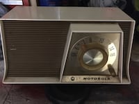 Motorola antique radio. Works.   Mansfield, 02048