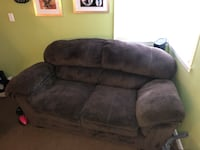 Brown love seat in good condition reasons for selling is I need more space  Omaha, 68105