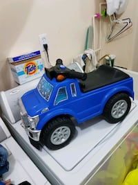 Ford F250 Toy Truck for kids toy Toronto