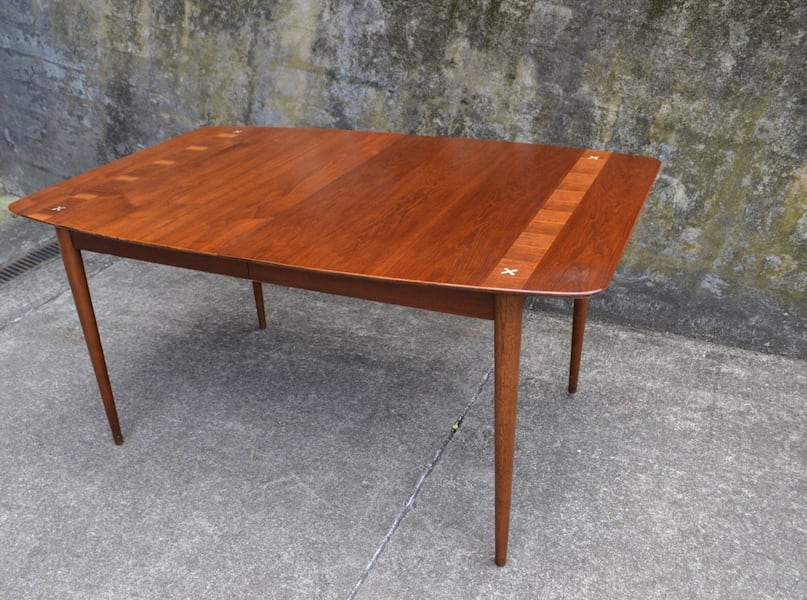 Mid Century American of Martinsville dining table 6 chairs/3 leaves d113afee-3925-4158-846e-180398c338be