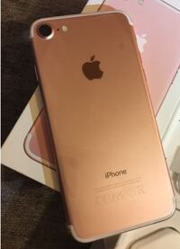 rose gold iPhone 6s with box Windsor, N9A