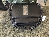 Beautiful crossbody bag  Hamilton, L8W 3H2