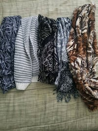 Scarves rarely used Coquitlam, V3K 3H3